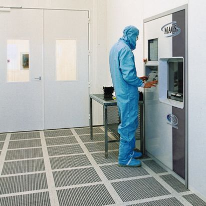 Clestra cleanroom qualification for Clean room design qualification